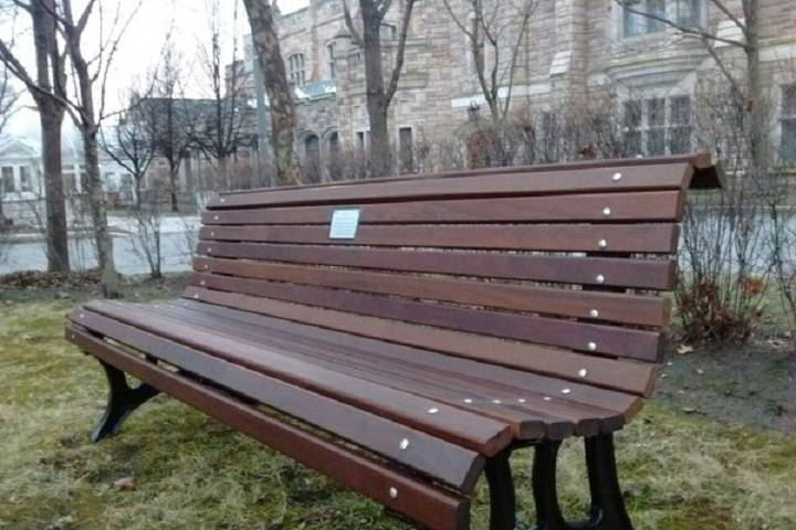 The bench dedicated to Jessica Holman-Price 10 years after her death. Billy Shields/Global News